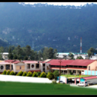 Lakes International School School