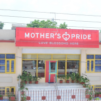 Best Day Care centre in Delhi